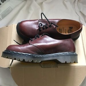 Brand New Dr. Martens Red Brown leather Oxford